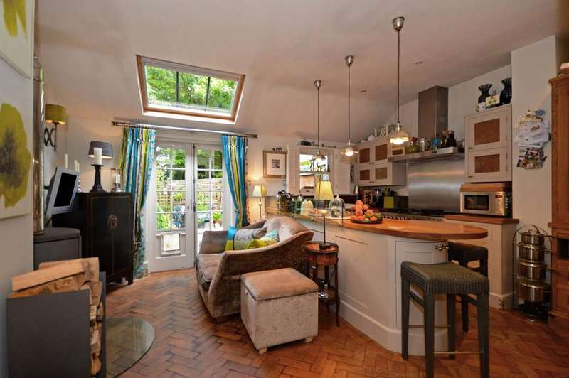2 Bedrooms Terraced House for sale in Chilham, CT4