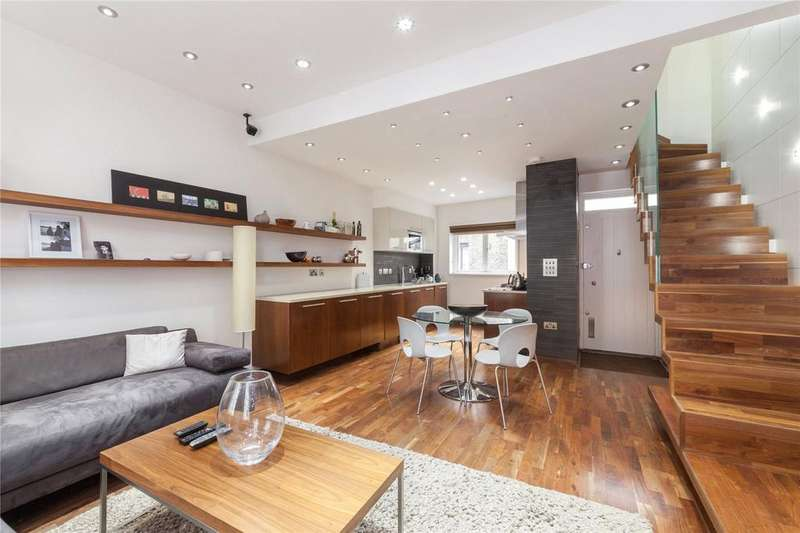 3 Bedrooms Apartment Flat for sale in Shorts Gardens, Covent Garden, WC2H