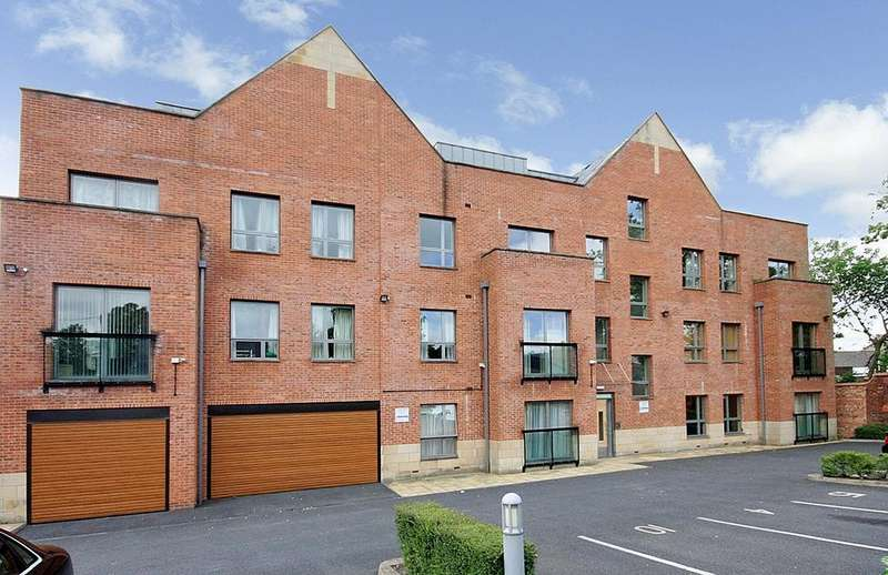 2 Bedrooms Apartment Flat for sale in Bank Place, Green Lane, Wilmslow