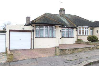 2 Bedrooms Bungalow for sale in Redbridge, Ilford