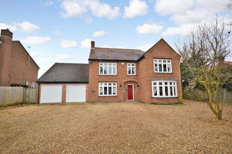 4 Bedrooms Detached House for sale in New Road, Upwell