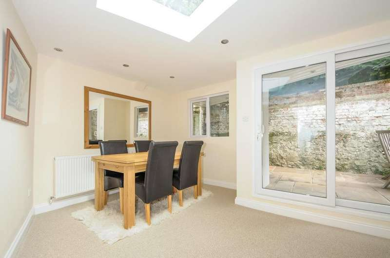 4 Bedrooms Detached House for sale in South Street, Emsworth, PO10