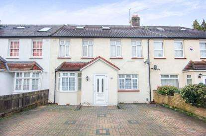 5 Bedrooms Terraced House for sale in Hood Avenue, Southgate, London, .