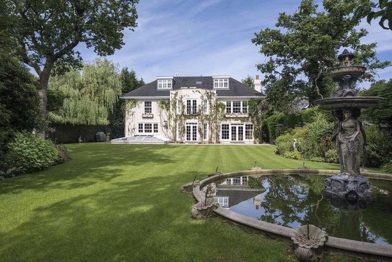 6 Bedrooms Detached House for sale in Dukes Kiln Drive, Gerrards Cross, Buckinghamshire, SL9
