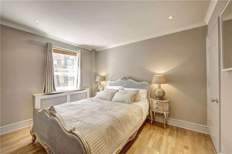 2 Bedrooms Flat for sale in Queen's Gate Terrace, South Kensington, London, SW7