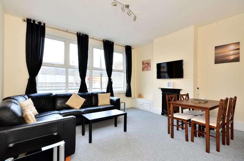 2 Bedrooms Flat for sale in Trafalgar Road, Greenwich, SE10