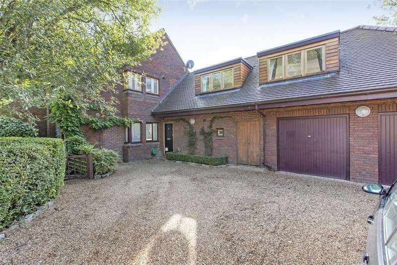 6 Bedrooms Detached House for sale in Parklands Close, East Sheen, London, SW14