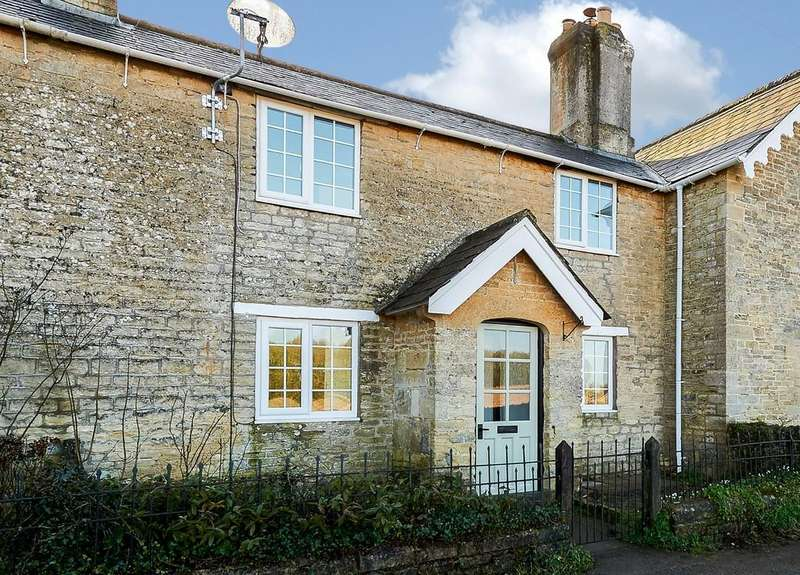 3 Bedrooms Cottage House for sale in Grittleton, Chippenham