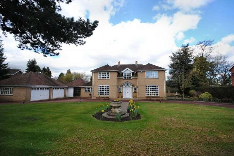 4 Bedrooms Detached House for sale in Towers Road, Poynton, Cheshire