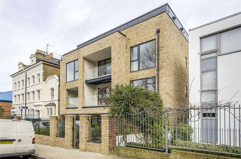 2 Bedrooms Flat for sale in Avant Apartments, 7 Burston Road, London, SW15