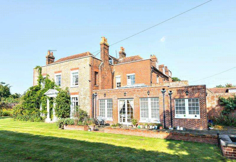 7 Bedrooms Unique Property for sale in High Street, Ripley, Surrey, GU23