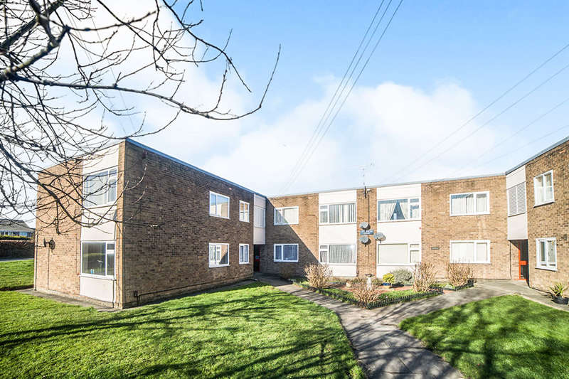 2 Bedrooms Flat for sale in Otterburn Court, Whitley Bay, NE25