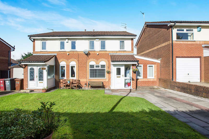 4 Bedrooms Semi Detached House for sale in Grafton Street, Blackburn, BB2