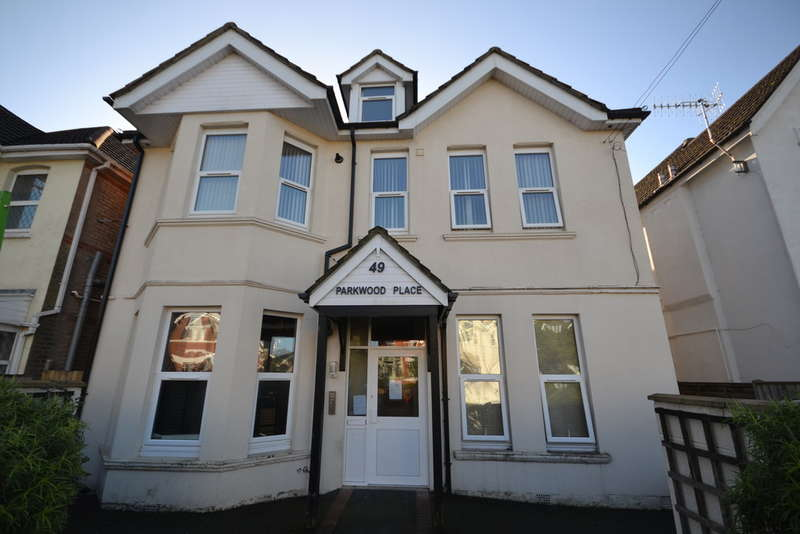 Ground Flat for sale in Parkwood Road, Southbourne