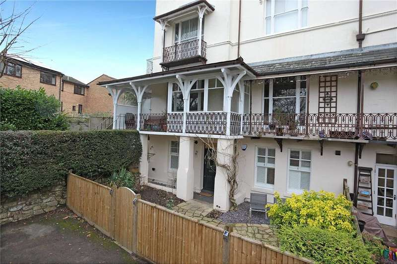 1 Bedroom Flat for sale in Holly Mansions, 20 Frant Road, Tunbridge Wells, Kent, TN2