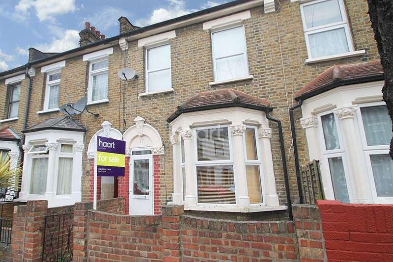 2 Bedrooms Terraced House for sale in Clacton Road