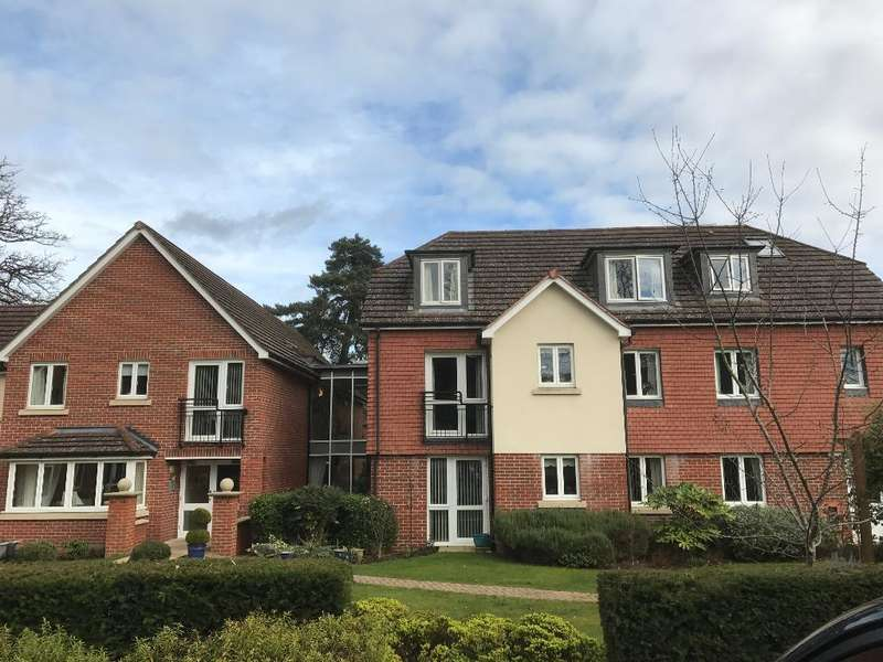 1 Bedroom Retirement Property for sale in Wellington Lodge, Firwood Drive, Camberley, Surrey, GU15 3QD