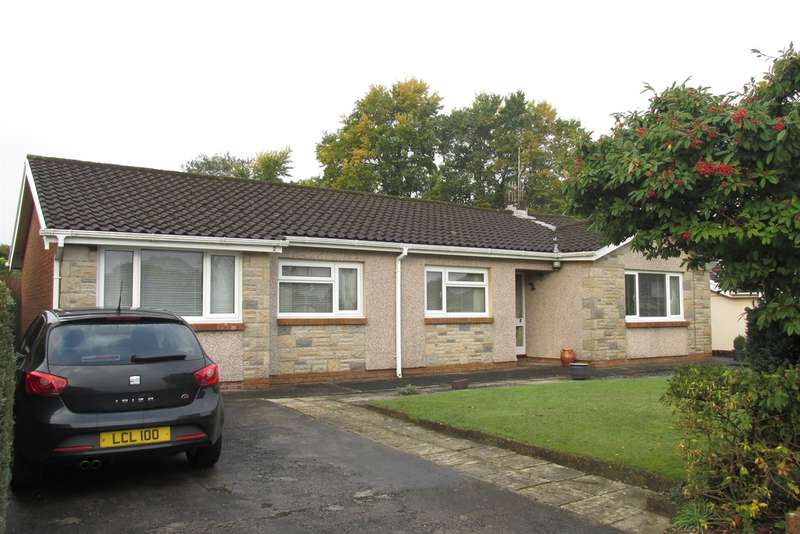 5 Bedrooms Detached Bungalow for sale in Clos Cilfwnwr, Penllergaer, Swansea