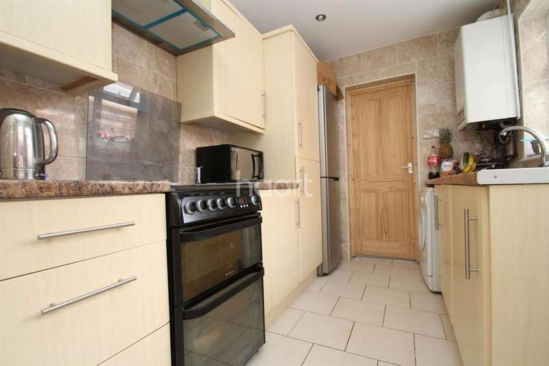 3 Bedrooms End Of Terrace House for sale in Hankey Street