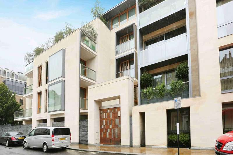 4 Bedrooms Ground Flat for sale in Montrose Place, London. SW1X