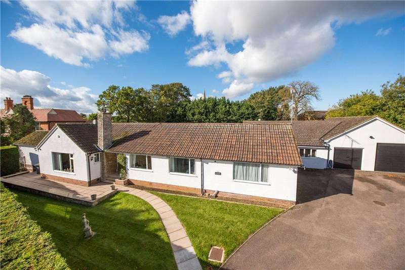 7 Bedrooms Detached Bungalow for sale in Butts Road, Raunds, Wellingborough, Northamptonshire