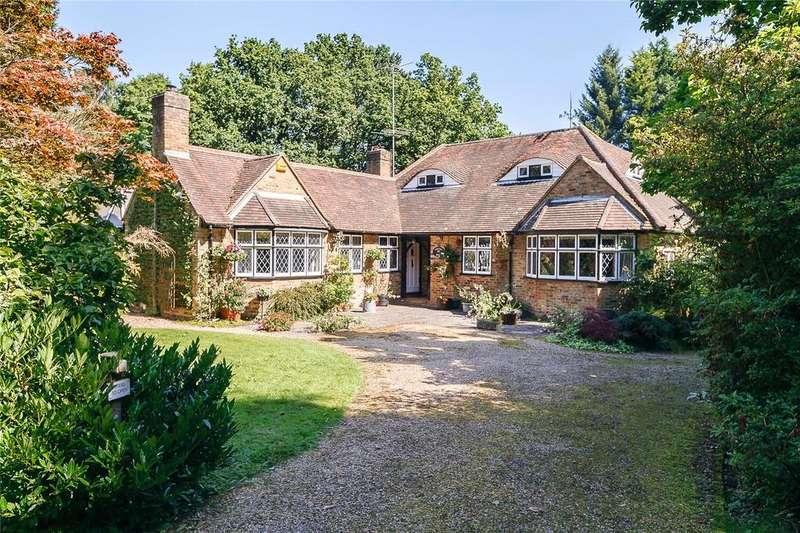 4 Bedrooms Detached Bungalow for sale in Alderton Drive, Little Gaddesden, Berkhamsted, Hertfordshire, HP4