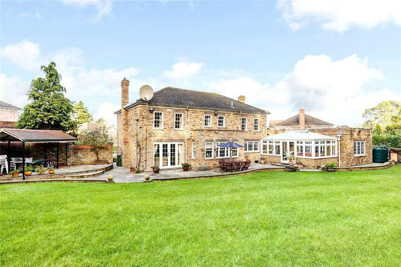 5 Bedrooms Detached House for sale in Regents Drive, Keston, Kent, BR2