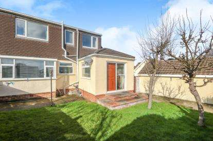 4 Bedrooms Semi Detached House for sale in Pant Teg, Deganwy, Conwy, LL31
