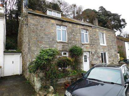 3 Bedrooms Terraced House for sale in Pentewan, St. Austell, Cornwall