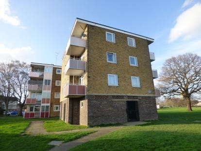 1 Bedroom Flat for sale in Millbrook, Southampton, Hampshire