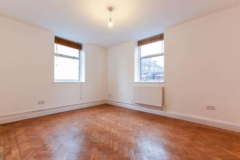 2 Bedrooms Flat for sale in Marion Court, Tooting High Street, London SW17