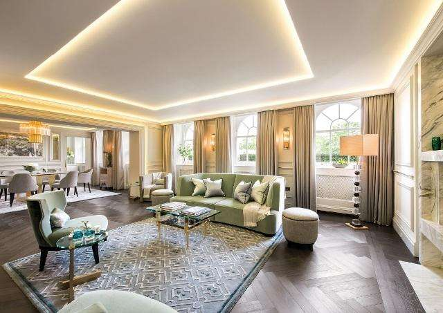 3 Bedrooms Flat for sale in Rutland Gate
