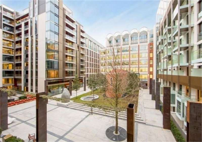 3 Bedrooms Flat for sale in Pearson Square