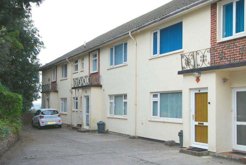 2 Bedrooms Apartment Flat for sale in Thurlow Road, Torquay