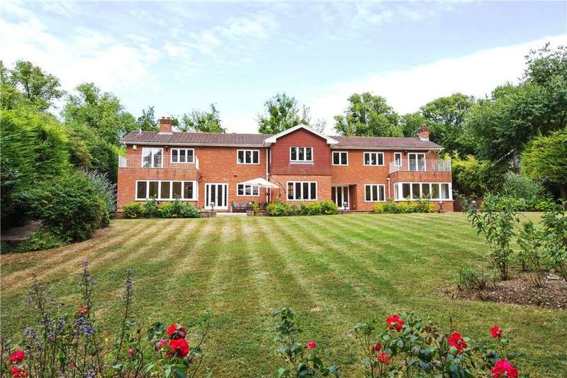 6 Bedrooms Detached House for sale in Downs Lane, Leatherhead, Surrey, KT22