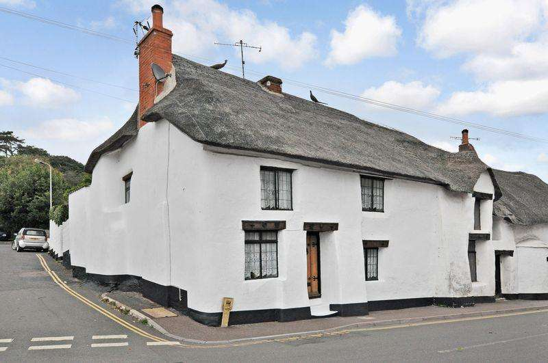 2 Bedrooms Cottage House for sale in Dawlish
