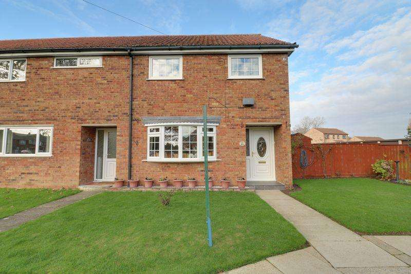 3 Bedrooms Terraced House for sale in Mere Dyke Road, Luddington