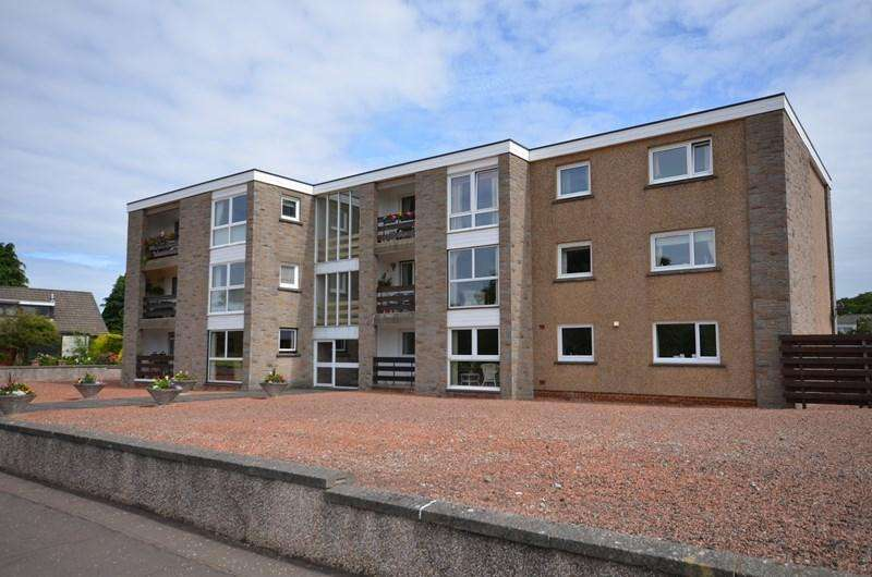 3 Bedrooms Apartment Flat for sale in 8 Northdoon Place, Ayr, KA7 4DH