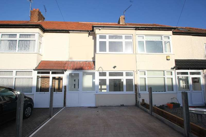 3 Bedrooms Terraced House for sale in ST Michaels Avenue, Edmonton, N9