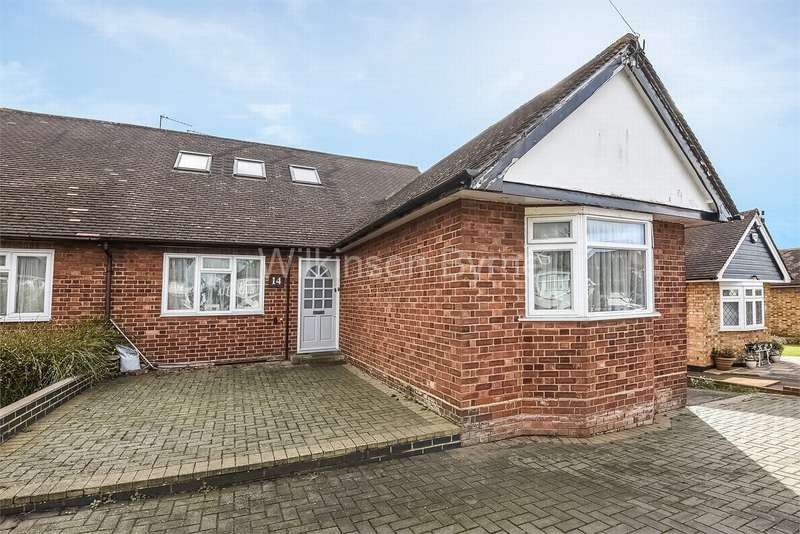 6 Bedrooms Semi Detached Bungalow for sale in Westland Drive, Brookmans Park, Hatfield, Hertfordshire