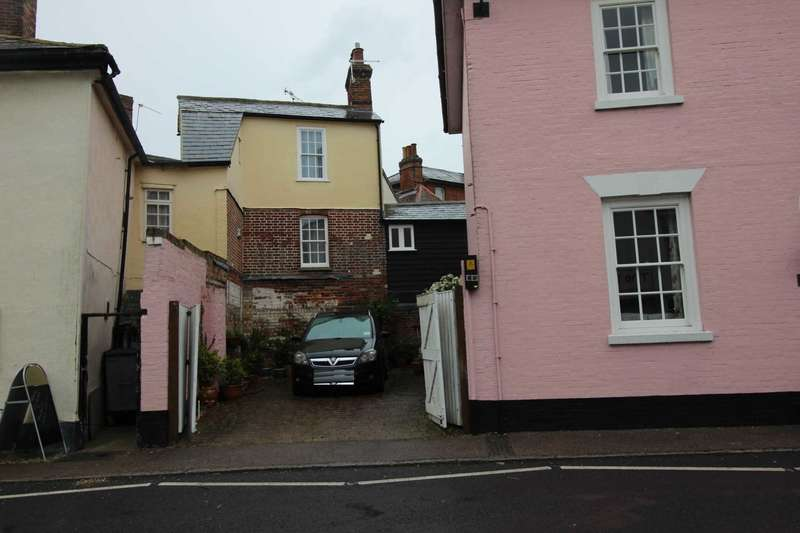 1 Bedroom Semi Detached House for sale in Market Hill, Coggeshall