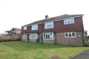 2 Bedrooms Flat for sale in Kerwood Court, Crooked Lane, West Sussex