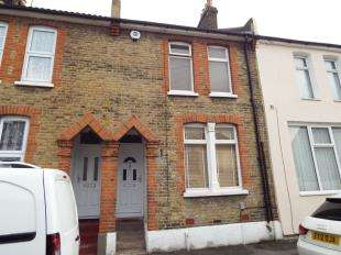 3 Bedrooms Terraced House for sale in St. Peter Street, Rochester, Kent