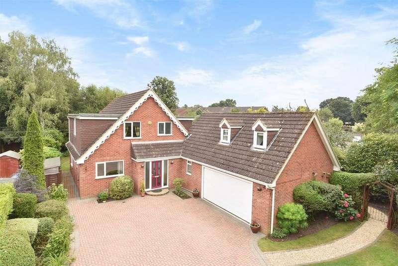 4 Bedrooms Detached House for sale in Ash Vale, Aldershot, Hampshire