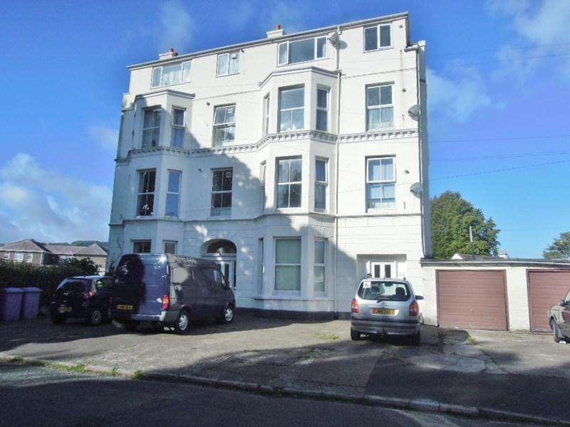 1 Bedroom Apartment Flat for sale in Fairfield Avenue, Ramsey, IM8 2LS