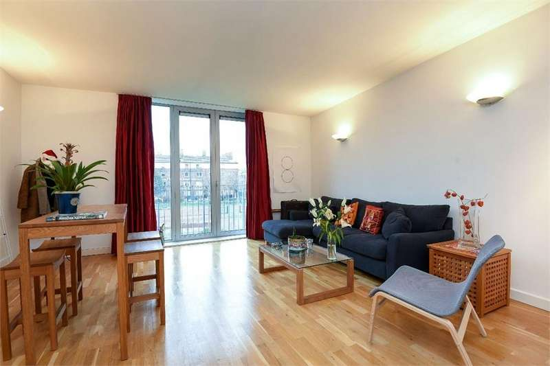 2 Bedrooms Flat for sale in Bickels Yard, Bermondsey Street, London Bridge, SE1