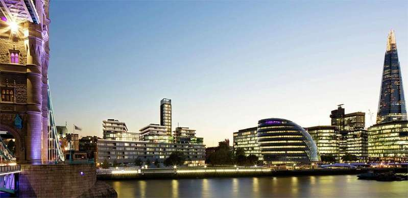2 Bedrooms Flat for sale in Wessex House, One Tower Bridge, London