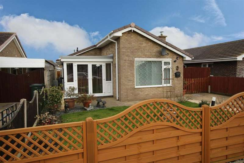 2 Bedrooms Detached Bungalow for sale in 64 Marian Avenue, Mablethorpe