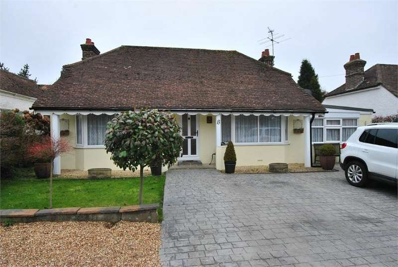 2 Bedrooms Detached Bungalow for sale in The Byeway, BEXHILL-ON-SEA, East Sussex
