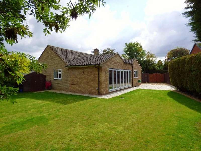 3 Bedrooms Detached Bungalow for sale in Clifton Close, Stafford